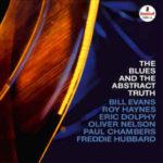 Bill Evans/Roy Haynes/Eric Dolphy/Oliver Nelson/Paul Chambers/Freddie Hubbard: The Blues And The Abstract Truth (1961, Impulse!) - obal původního vydání. Poměrně záhy byl nahrazen verzi s Nelsonovým portrétem