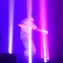 Dánský talent Goss během vystoupení 12. května 2018 v žižkovské Akropoli
