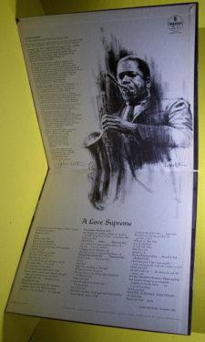 Vnitřní strana rozkládacího obalu původního vydání A Love Supreme